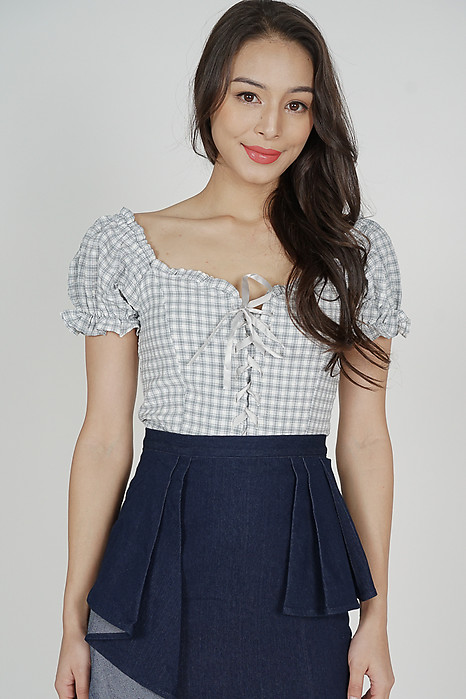 Renei Puffy Top in Grey Gingham