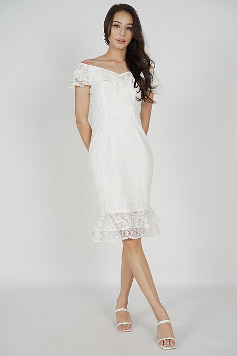 Saria Flounce Lace Dress in White