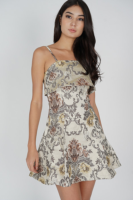 Glordia Jacquard Dress in Gold