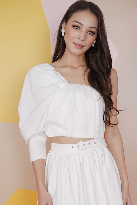 Wetzel Toga Top in White - Arriving Soon