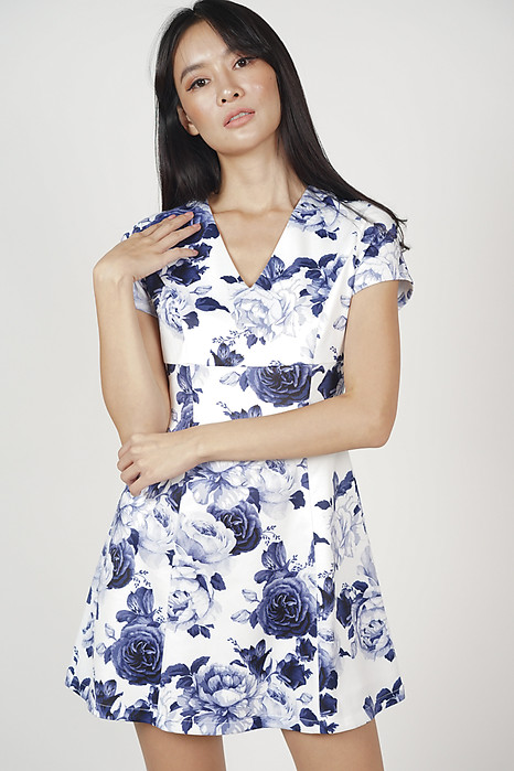 Katreina Flare Dress in Porcelain