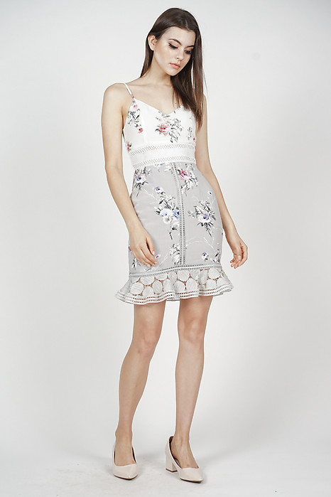 Lindea Ruffled-Hem Dress in Grey Floral