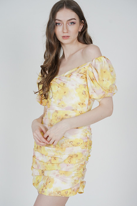 Yuka Ruched Dress in Yellow Floral