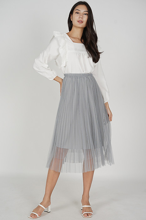 Istie Ruffled Top in White - Online Exclusive