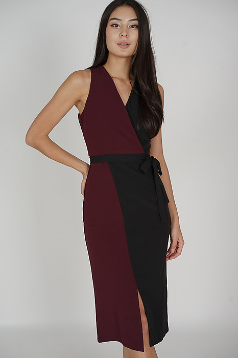 Klara Contrast Dress in Black Oxblood - Arriving Soon