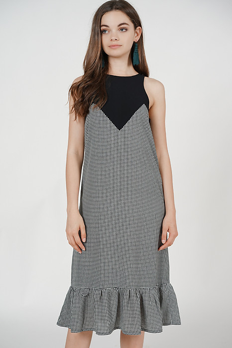 Pleated-Hem Contrast Dress in Black Gingham