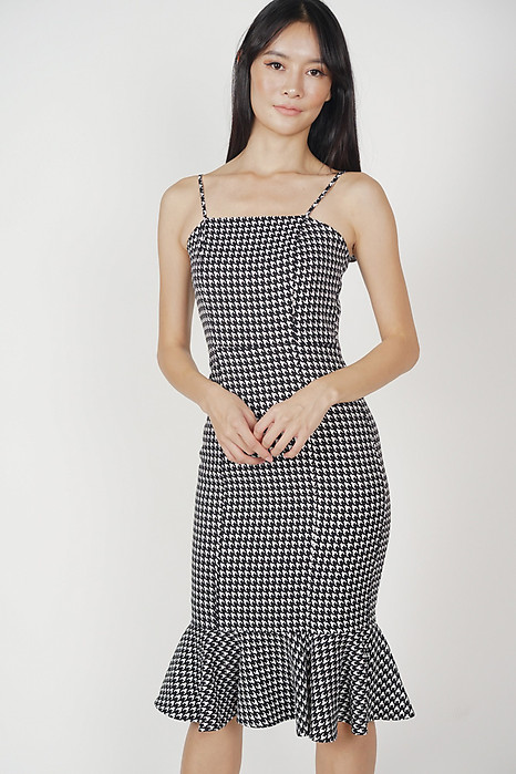 Gaura Ruffled Dress in Houndstooth