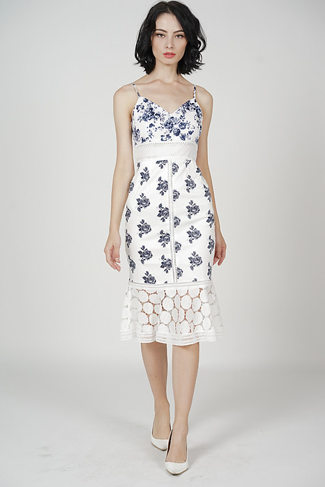 Bellari Lace Dress in Porcelain