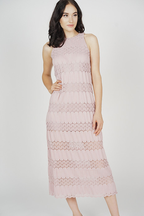 Kylen Straight Dress in Blush