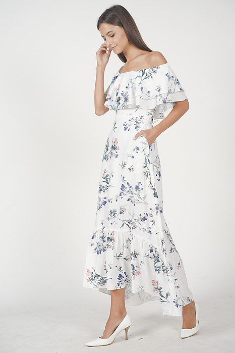 Audrina Flounce Dress in White Floral