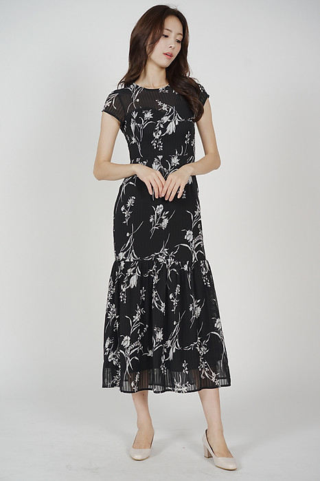 Evanora Ruffled-Hem Dress in Black Floral