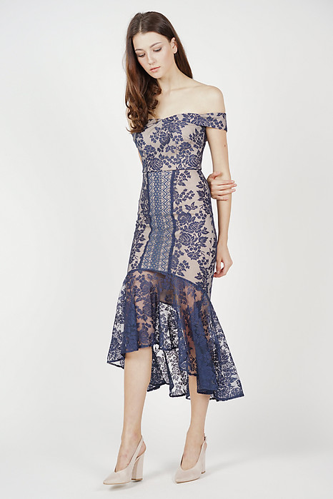 Amie Lace Dress in Midnight