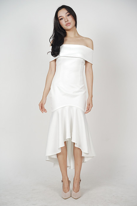 Stefania Ruffled-Hem Dress in White