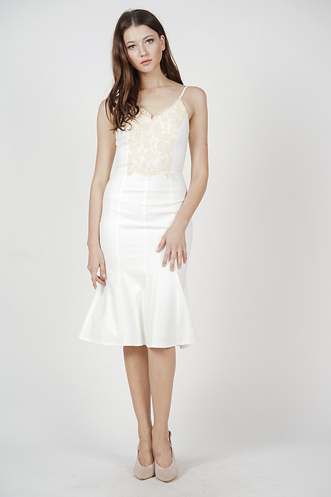 Jemaica Ruffled-Hem Dress in White - Online Exclusive