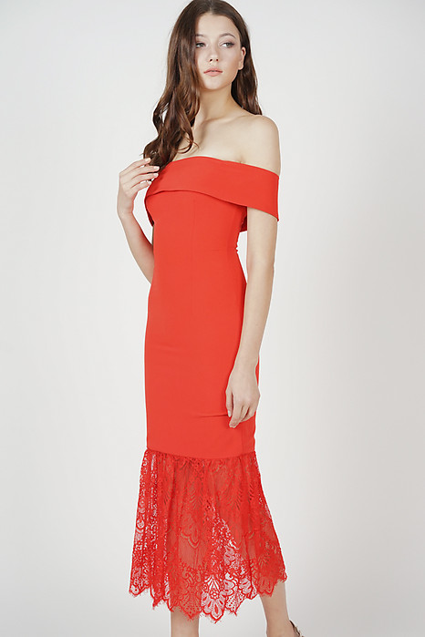 Akana Lace-Hem Dress in Red