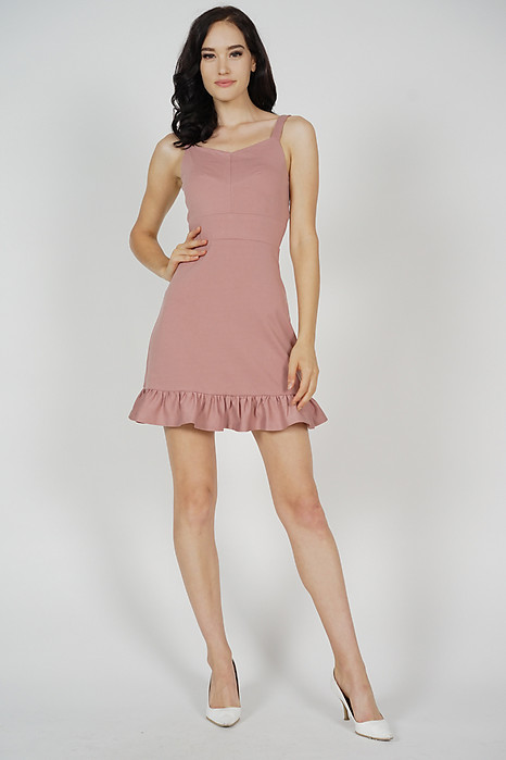 Jorlan Ruffled-Hem Dress in Pink