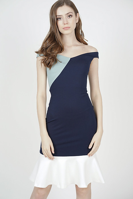 Ayla Color-Block Dress in Midnight