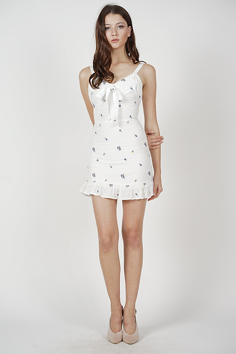 Reilia Front Tie Dress in White Floral - Arriving Soon