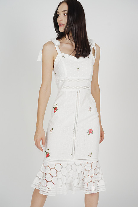 Mariah Ruffled-Hem Dress in White Floral - Arriving Soon