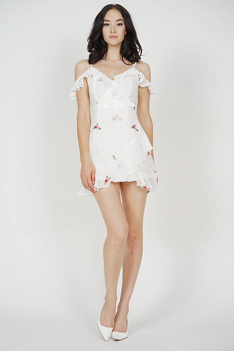 Meredith Ruffled Dress in White Floral