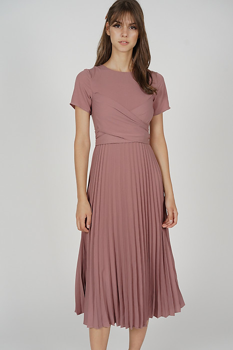 Berni Criss Cross Pleated Dress in Mauve