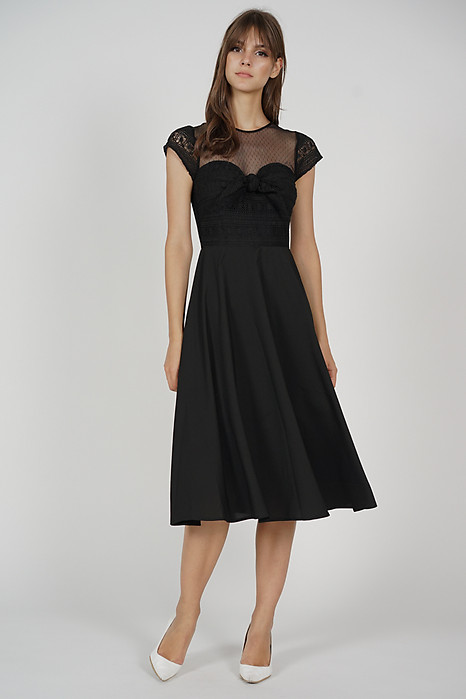 Wendie Front Tie Dress in Black