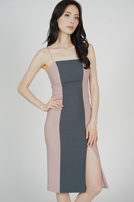 Marlin Contrast Dress in Blush