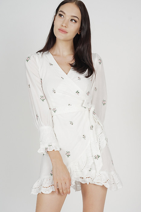 Reyka Sleeved Dress in White Floral - Arriving Soon
