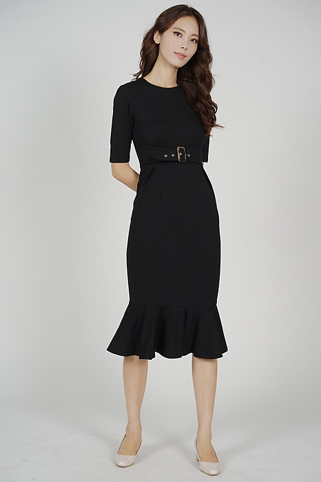 Payser Belted Dress in Black
