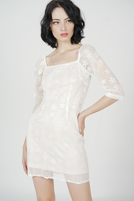 Valssia Lace Dress in White