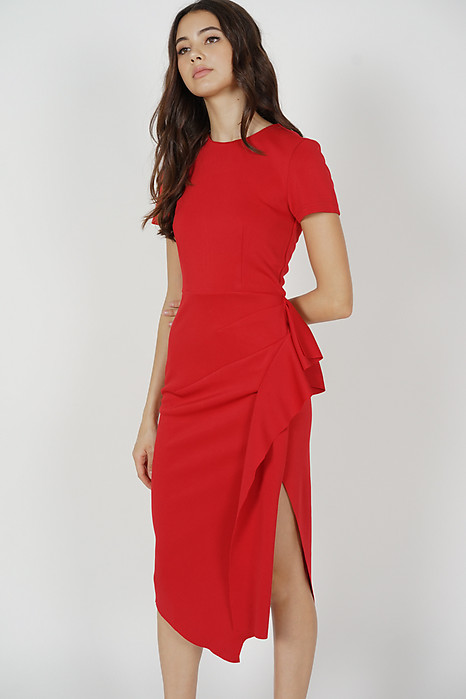 Erin Midi Ruffled Dress in Red