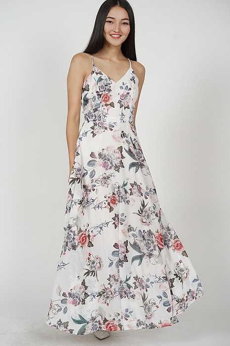 Jennia Maxi Dress in Pink Floral