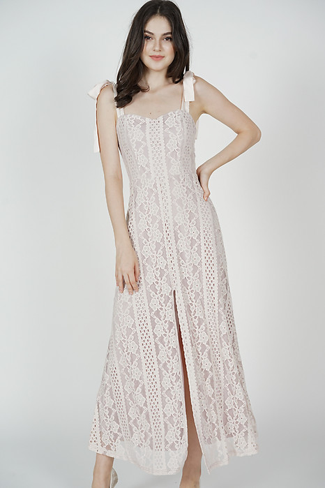 Martie Lace Dress in Dusty Pink