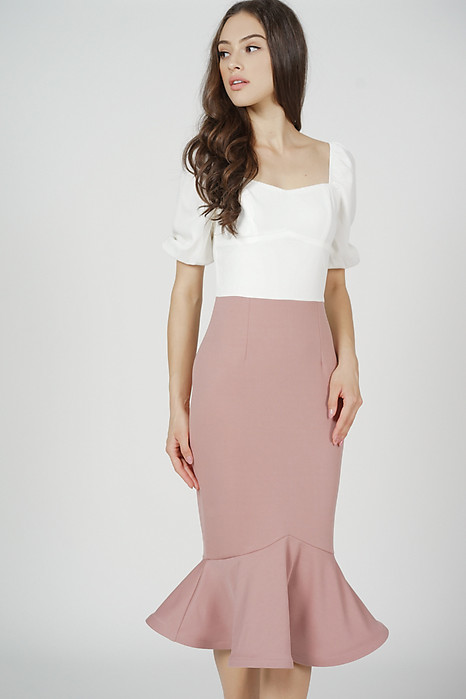 Valeria Flounce Mermaid Dress in Pink