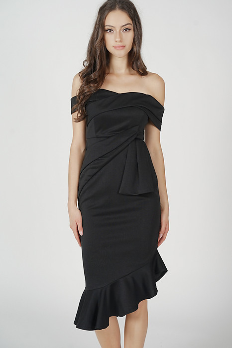Lenya Ruffled Dress in Black
