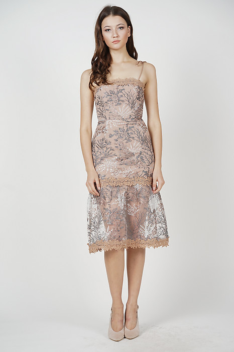 Nerida Lace Dress in Taupe