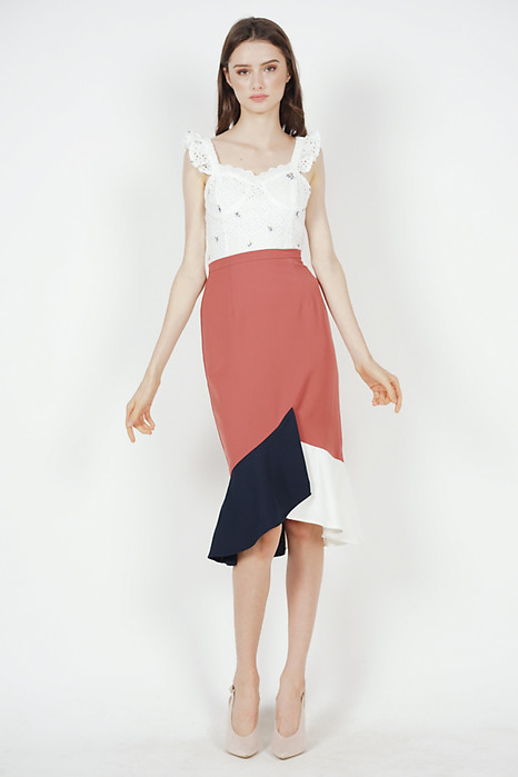 Color-Block Mermaid Skirt in Chestnut