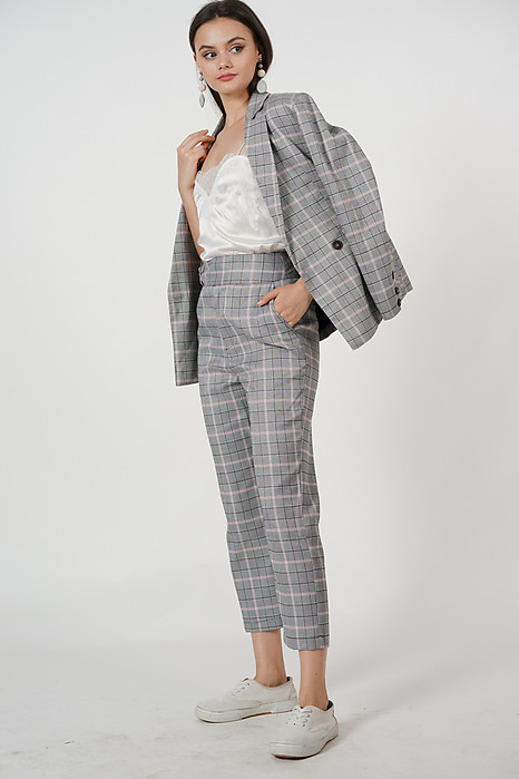Contemporary Straight Pants in Grey Pink