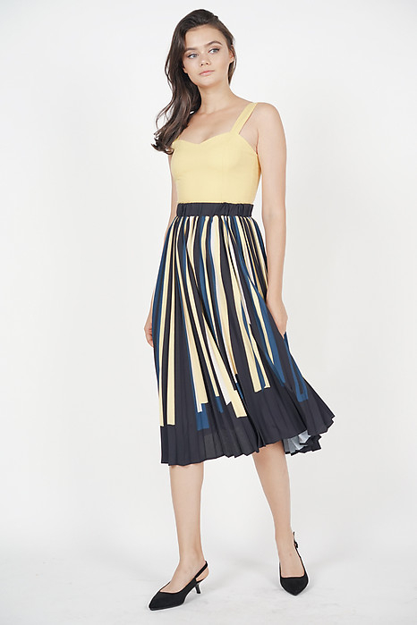 Contrast Pleated Skirt in Buttercup