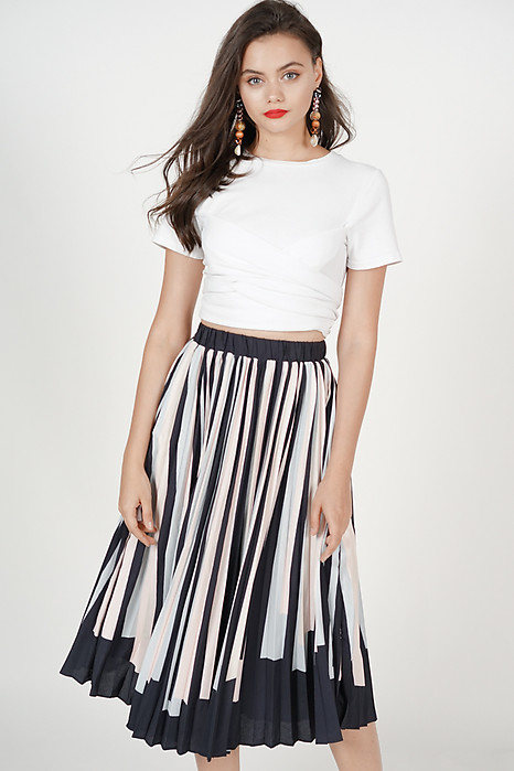 Contrast Pleated Skirt in Midnight