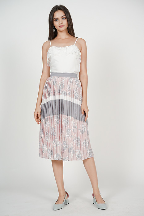 Delphine Pleated Skirt in Blush Floral