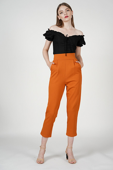 Alba Straight Pants in Caramel