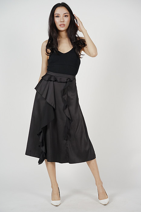 Loretta Ruffled Skirt in Black