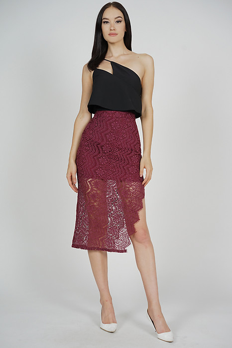 Dorcia Lace Skirt in Oxblood