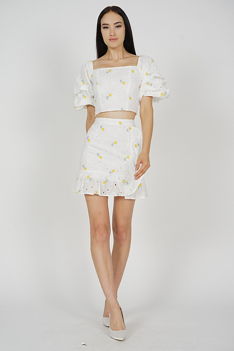 aeed817f8c5a79 Maia Ruffled Skirt in Floral