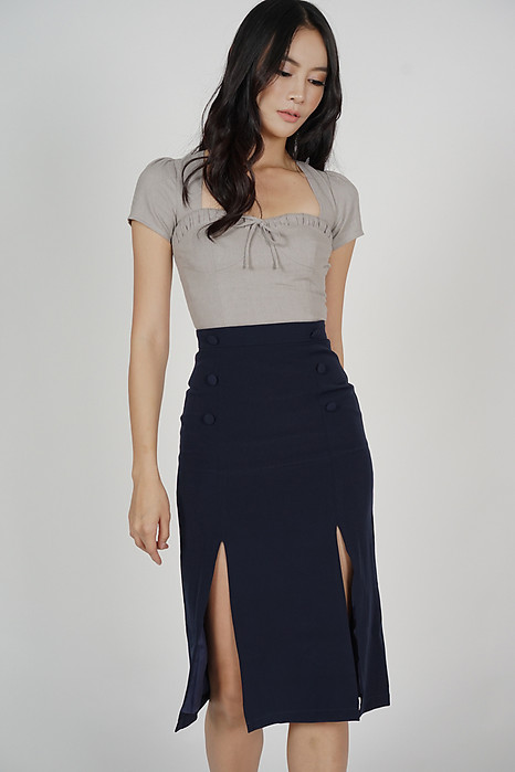 Soshie Slit Skirt in Midnight