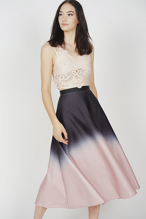Junya Flare Skirt in Black Ombre