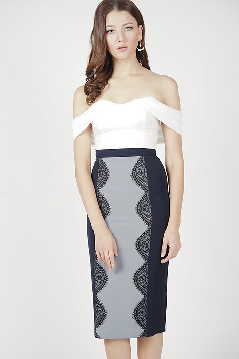 Jermaine Lace-Trimmed Skirt in Midnight