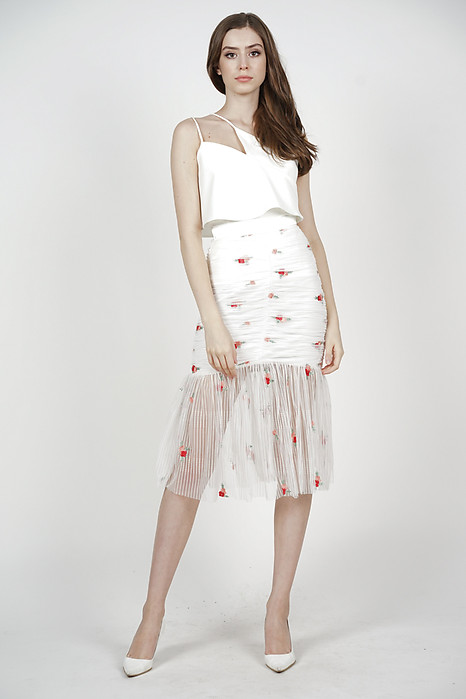 Freja Ruched Skirt in White Floral