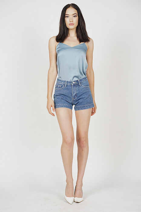 Jemie Denim Shorts in Blue - Online Exclusive